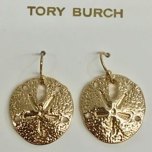Gorgeous NWOT Tory Burch Sand Dollar Earrings! 🐠